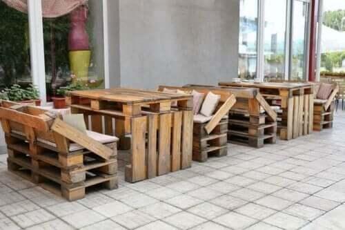 Møbler laget av trepaller