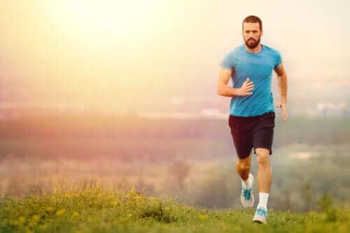 Hvordan identifisere en avhengighet av løping