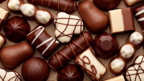 Sjokolade kan forårsake halsbrann