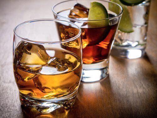 Hva er alkoholholdige drikker?