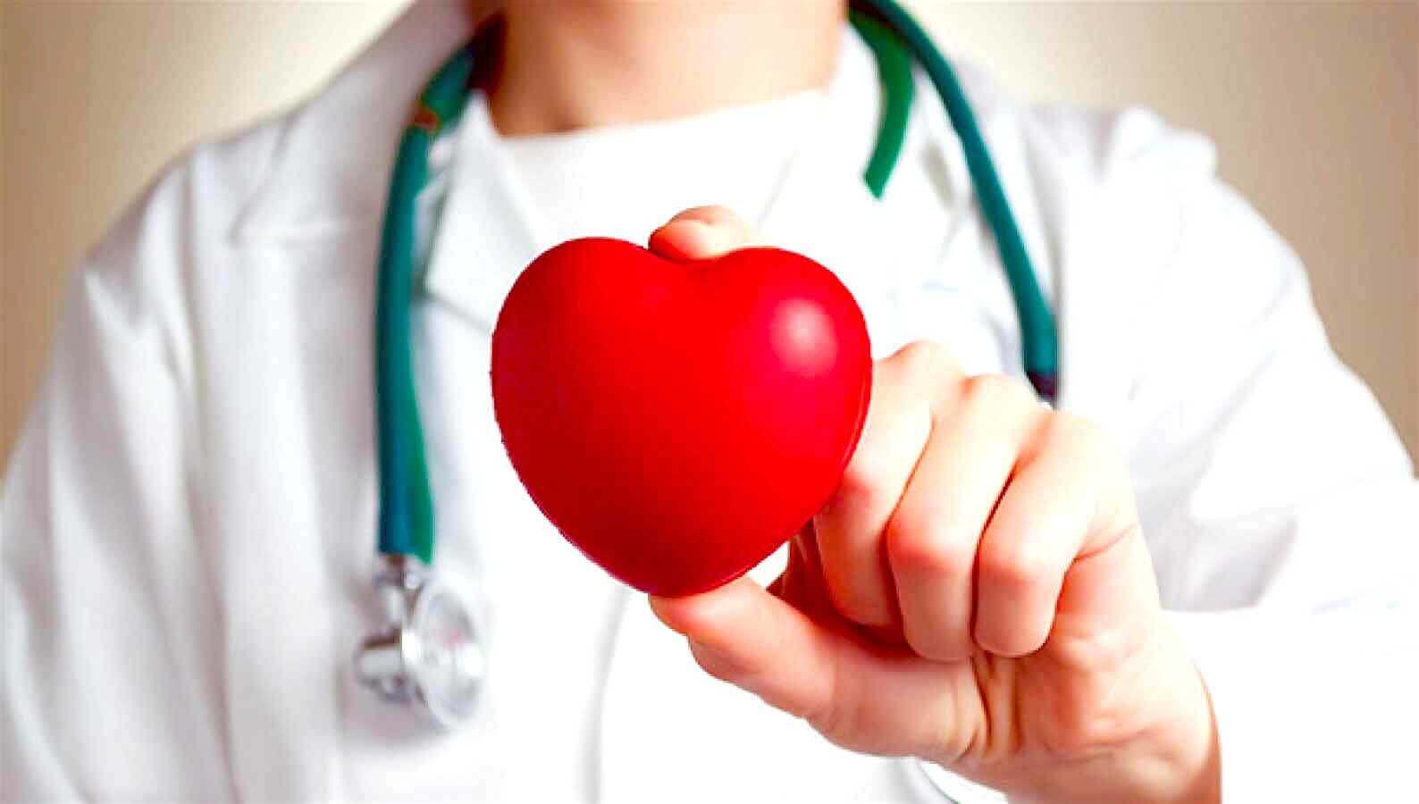 En av helsefordelene med hvitløk er at det er bra for hjertet ditt