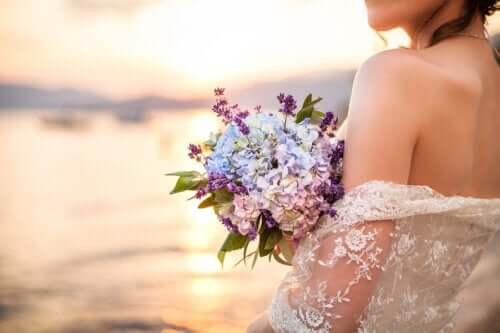 Sologami: Trenden med å gifte seg med seg selv