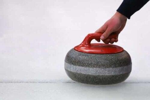 Vinteridretten curling.