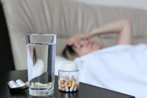 Årsaker til at noen medisiner forårsaker hodepine
