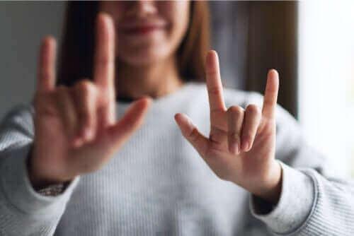 Hvilke er de 5 kjærlighetsspråkene?