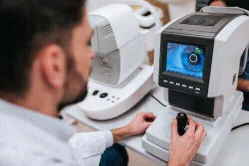 Kjennetegnene på retinitis pigmentosa