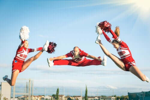 Modalitetene og fordelene ved akrobatisk gymnastikk
