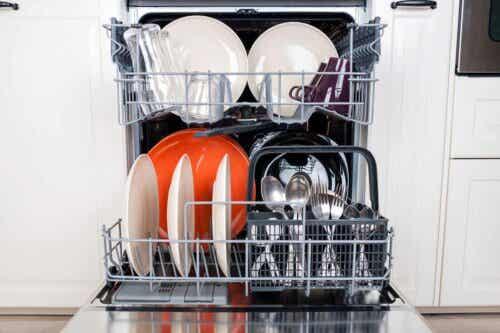 En full oppvaskmaskin