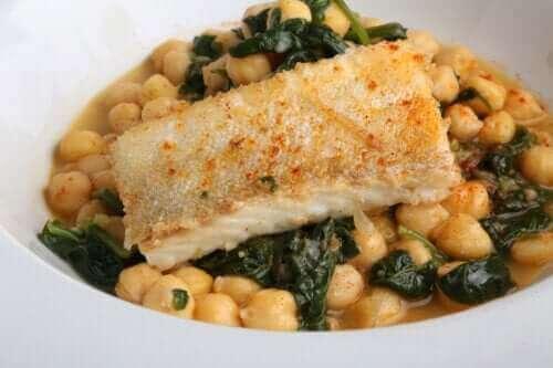 Kikerter med torsk: En enkel og deilig oppskrift