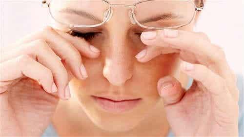 Kvinne med tørre øyne