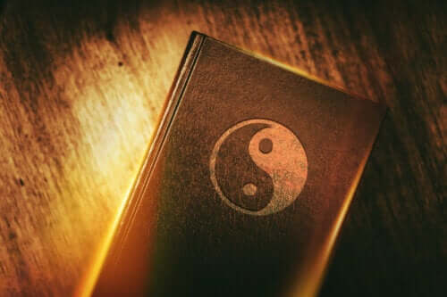 Opprinnelse, egenskaper og prinsipper for taoismen