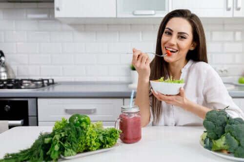 Finn ut hvordan kosthold påvirker huden