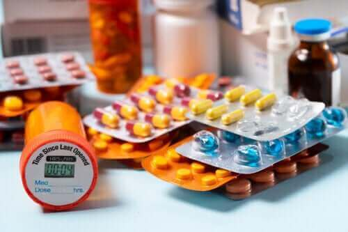 Hva du bør gjøre og ikke gjøre ved oppbevaring av medisiner