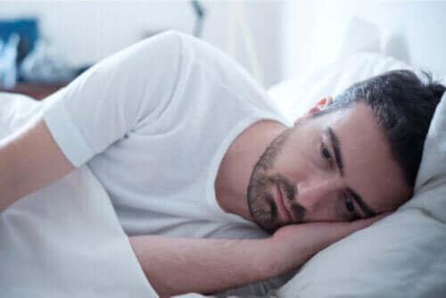 Symptomer på og behandling av abuli