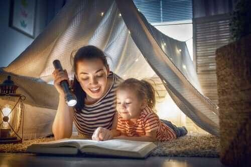 Morsomme aktiviteter for barn uten internett