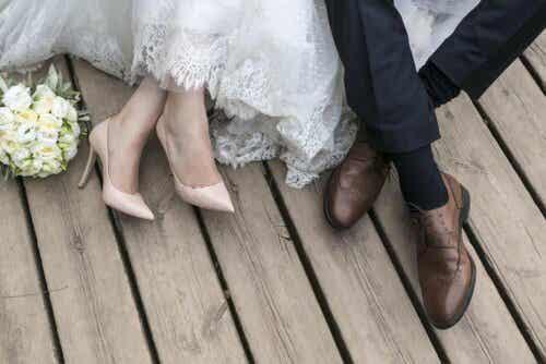 Par som gifter seg.