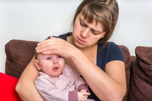 Hvordan behandle faryngitt hos babyer