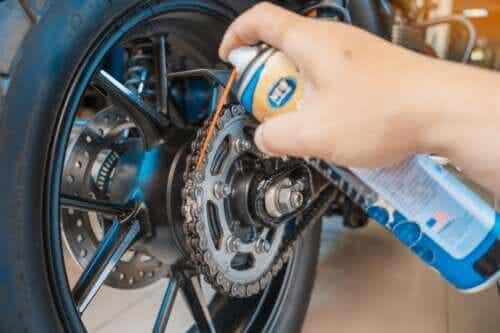 Fem tips for vedlikehold av motorsykler hjemme