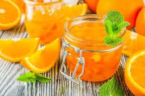Hvordan tilberede appelsinmarmelade